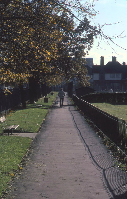 North Acton Playing Field 1980, path by bowling green