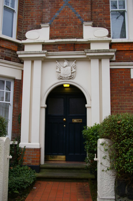 Entrance to flats on Fortis Green
