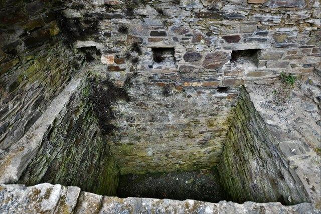 Restormel Castle: The Guardroom Garderobe