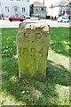TQ4371 : Old Boundary Marker by Milestone Society