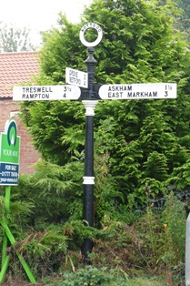 Old Direction Sign - Signpost by Thorpe Street, Headon