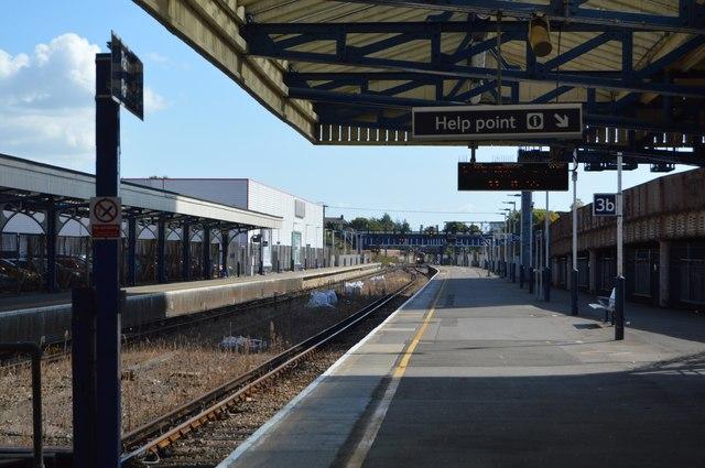 Platform 3, Portsmouth & Southsea Station