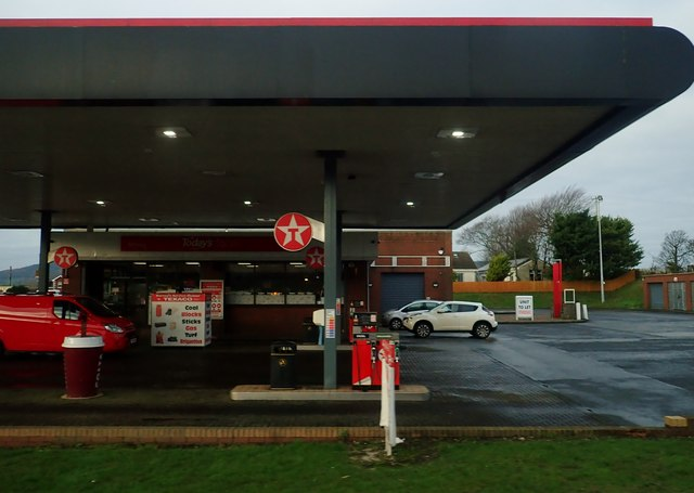 Barney's Service Station on the Dublin Road