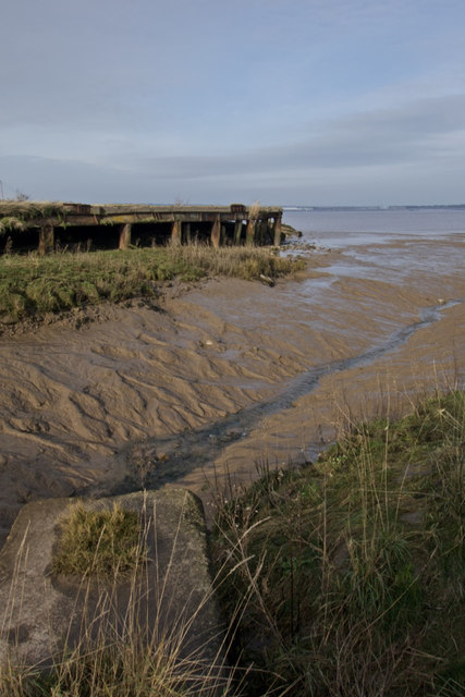 Drainage channel and ex-wharf on the Humber