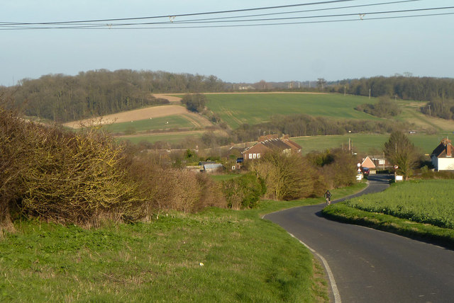 Strethall Road descends to Littlebury