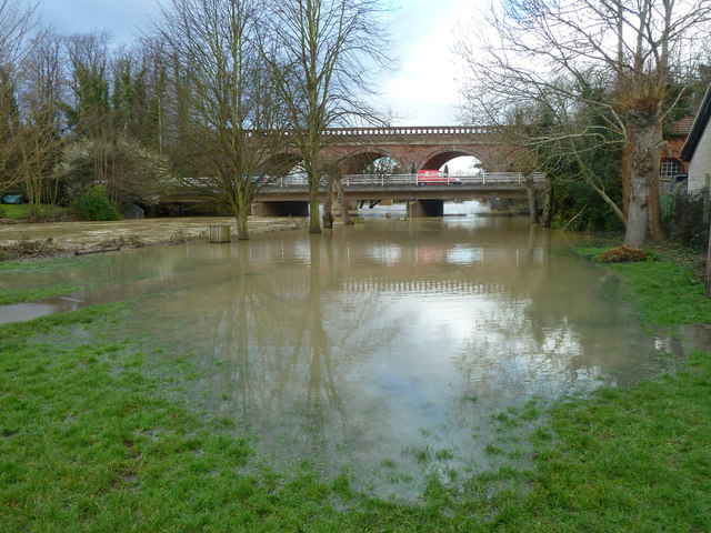 River Mole in flood, Leatherhead