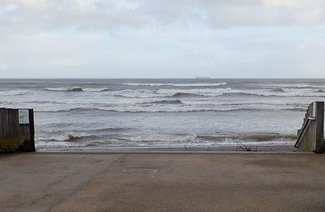 Rough seas off the North Promenade at Newcastle