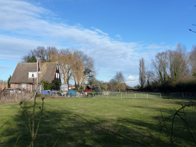 Field at end of Hythe Field Avenue