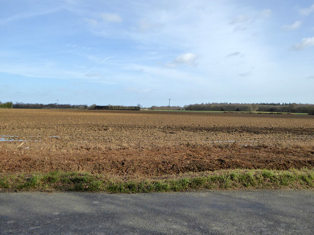 Ploughed field north of Raven's Green