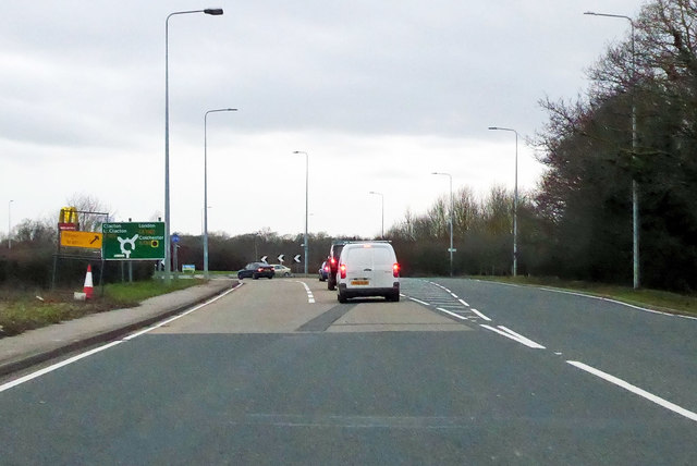 B1033 Colchester Road meets the A133 at a roundabout