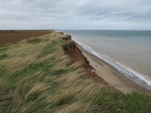 Coastline north of Holmpton