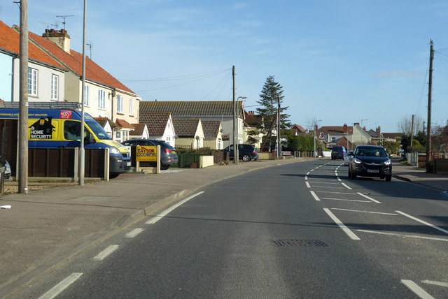 B1033 Frinton Road