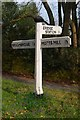TQ5235 : Old Direction Sign - Signpost by Milestone Society