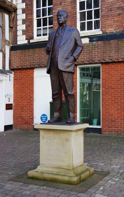 Statue of Stanley Baldwin (1), Load Street, Bewdley, Worcs