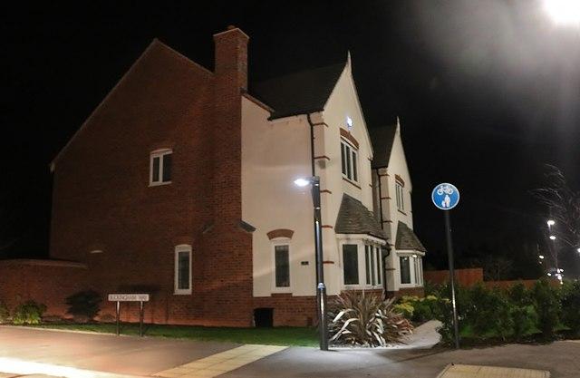 Houses on the corner of Buckingham Way, Stratford-upon-Avon