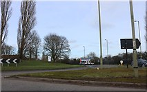 SP4912 : Roundabout on Oxford Road, Kidlington by David Howard