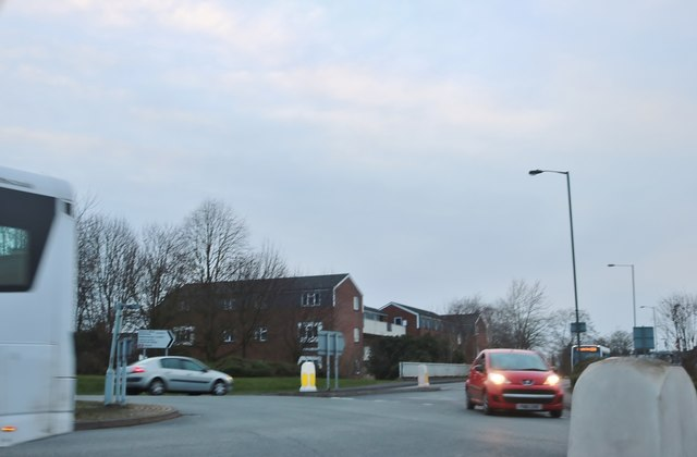Salt Way at the junction of Ombersley Way