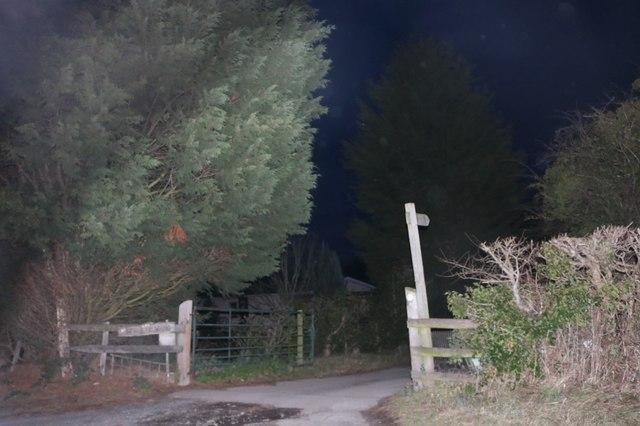 Path off Haye Lane, Ombersley