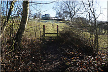 SE1926 : Spen Valley Heritage Trail towards Mazebrook by Ian S