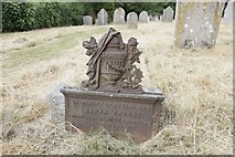 SU4774 : Cast memorial by Bill Nicholls