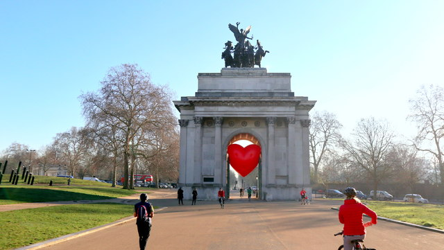 Valentines Day at Wellington Arch