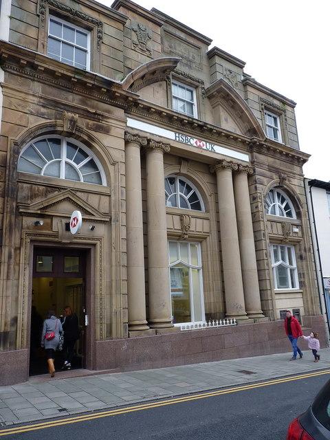 The HSBC Bank - former Midland Bank,    © Richard Law cc-by-sa/2 0