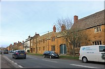 SP4631 : New Street, Deddington by David Howard