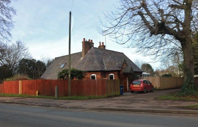 Lodge by Oxford Road, Banbury