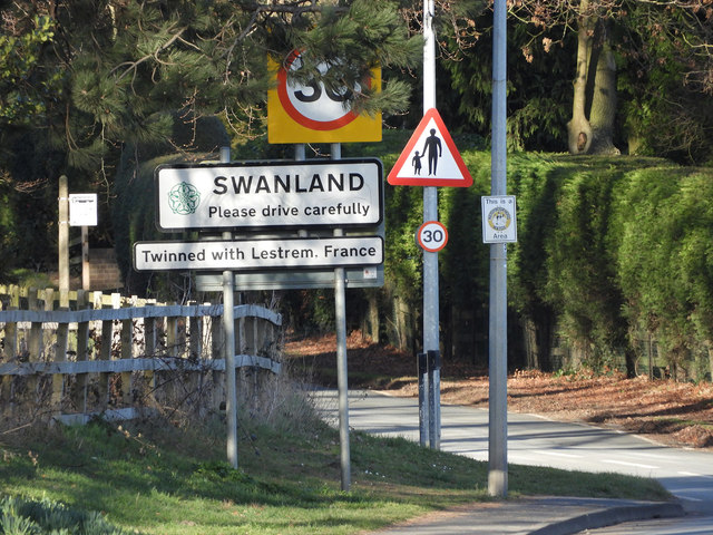 Swanland Road Signs