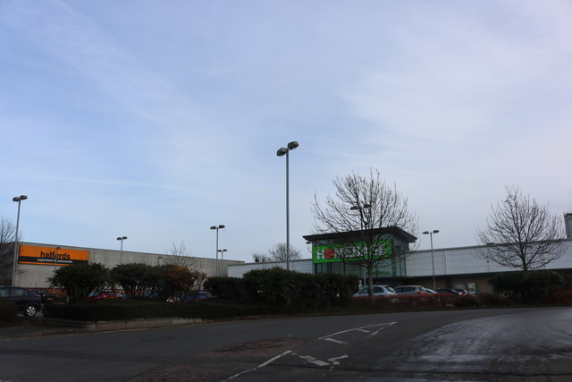 Homebase and Halfords on Southam Road, Banbury