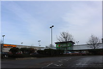 SP4541 : Homebase and Halfords on Southam Road, Banbury by David Howard