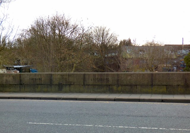 Boundary markings on Broomstair Bridge