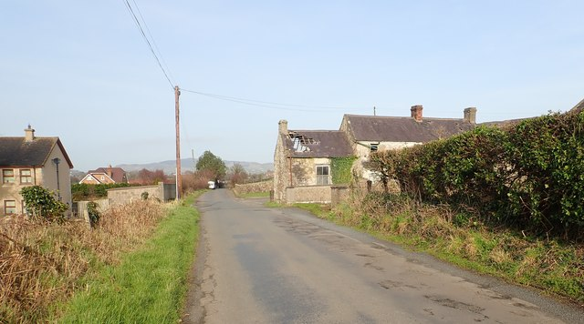 Houses at the southern end of Foughilletra Road