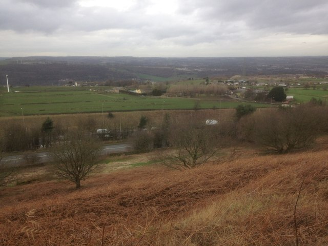 Lower Moor Hey Farm, Fixby Ridge