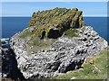 NM2742 : Lunga - Dun Cruit (Harp Rock Stack) by Rob Farrow