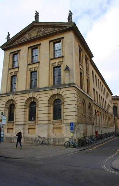 Queen's College at High Street / Queen's Lane junction