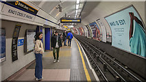 TQ3083 : Platform, King's Cross St Pancras Underground Station by Rossographer