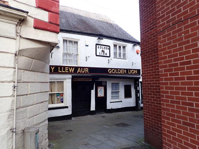 Y Llew Aur - Golden Lion, Denbigh