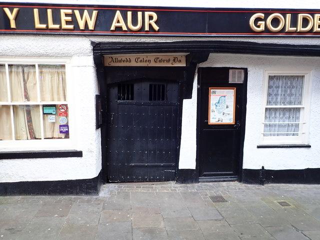 Door to the Golden Lion