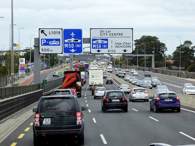 Naas Road approaching Junction 1