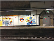 TQ3480 : Section of northbound platform, Shadwell Overground station by Robin Stott