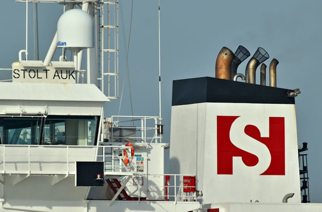 "The ""Stolt Auk"" (funnel), Belfast harbour (February 2019)"