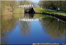 SD8639 : Lock 50, Leeds & Liverpool Canal by Ian Taylor