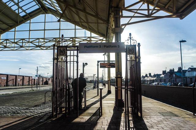 Platform 3 at Llandudno station