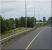 S7682 : Location Reference Indicator on the Northbound M9 near Pumplestown by David Dixon