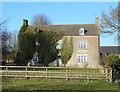 SP3226 : Glyme Farm House by Des Blenkinsopp
