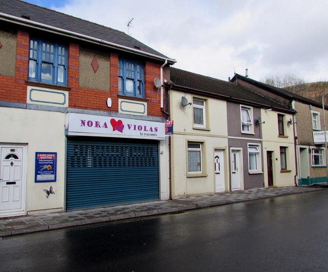 Nora Violas, Bridge Street, Troedyrhiw by Jaggery