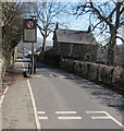 SO0901 : Give way to oncoming vehicles, Commercial Street, Bedlinog by Jaggery
