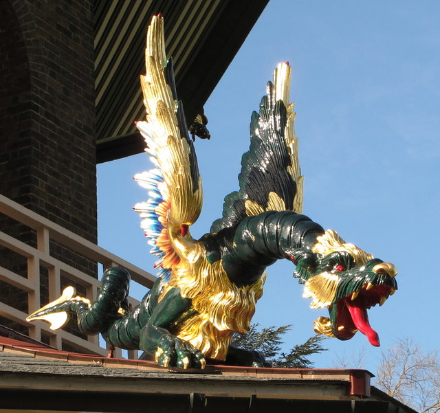 Hand-painted carved wood dragon, Kew Gardens pagoda