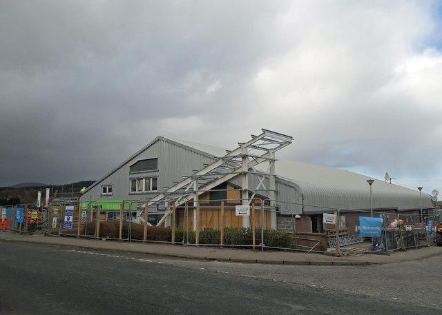 Broadford Co-op refurbishment continues